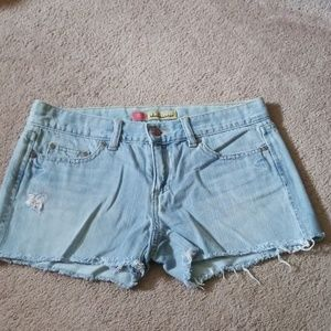 Old Navy ultra low waist frayed jean shorts size 4